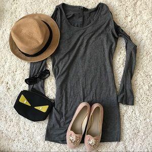 Dresses & Skirts - NWOT grey shoulder cut-out mini dress